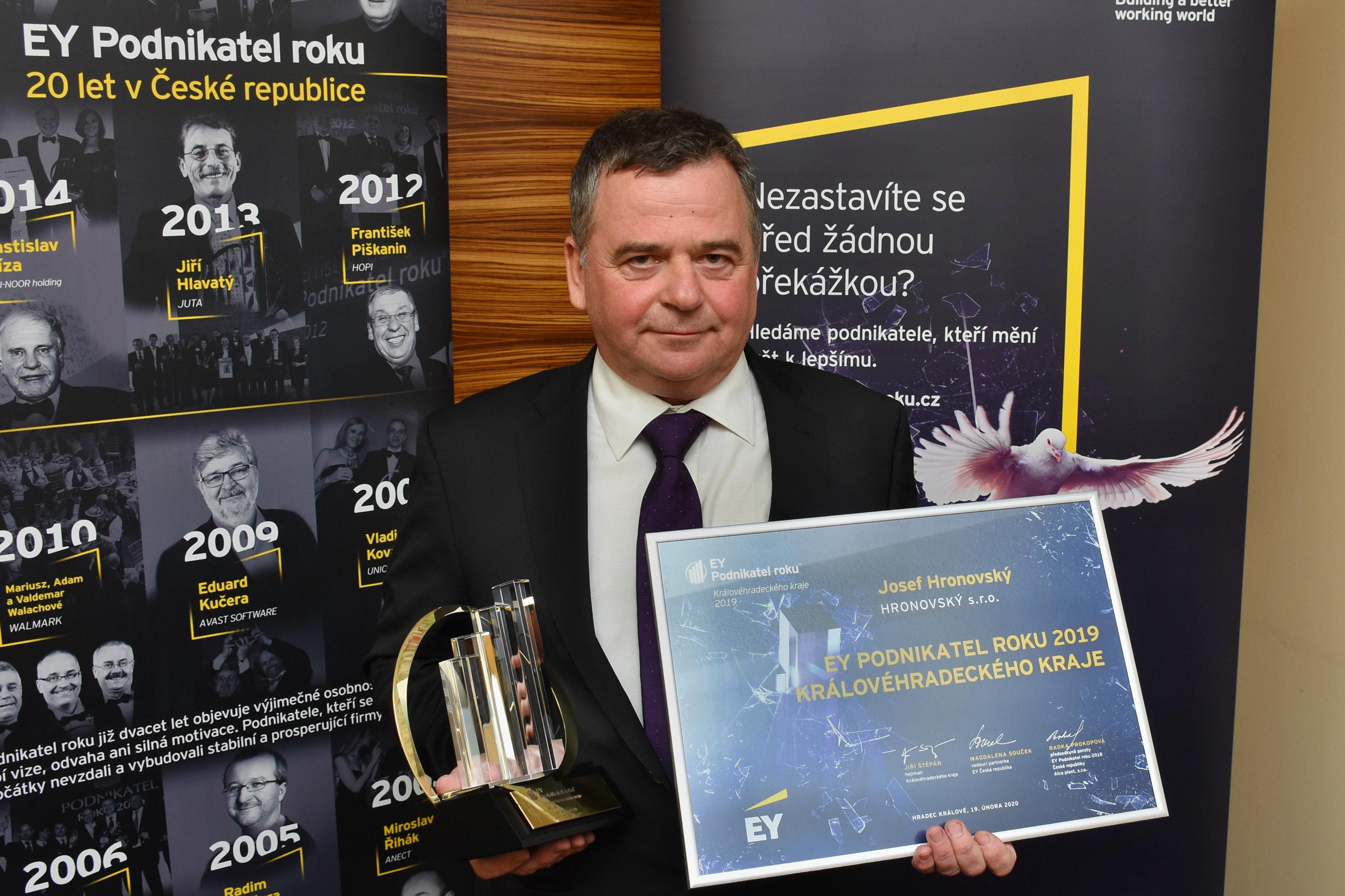 Josef Hronovský, majitel společnosti HRONOVSKÝ s.r.o., držitel titulu EY Podnikatel roku 2019 Královéhradeckého kraje