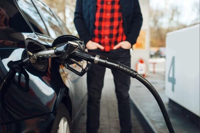 Cenový index EY: Nejvíce rostou ceny malých vozidel, zejména vinou kladených bezpečnostních a ekologických požadavků