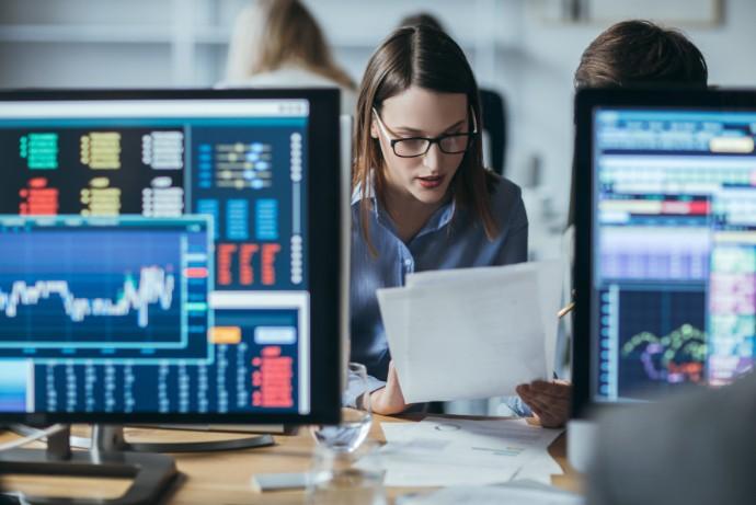 Počet IPO se vloni meziročně zvýšil o 19 %, jejich výnosy dokonce o 29 %