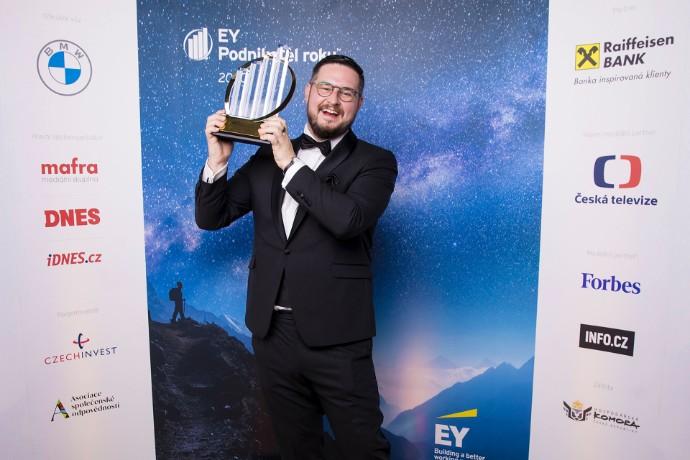 Josef Průša, zakladatel a majitel společnosti Prusa Research, se stal EY Podnikatelem roku 2020 České republiky
