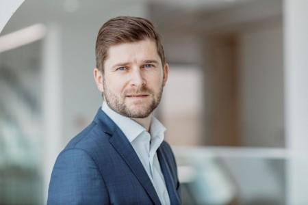EY Česká republika, senior manažer oddělení consultingu pro finanční instituce