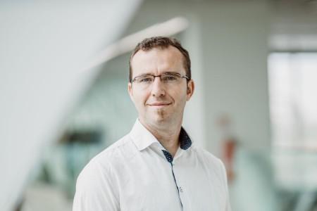 EY Česká republika, manažer týmu finančních služeb