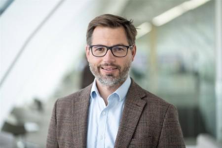EY Česká republika, business development advisor