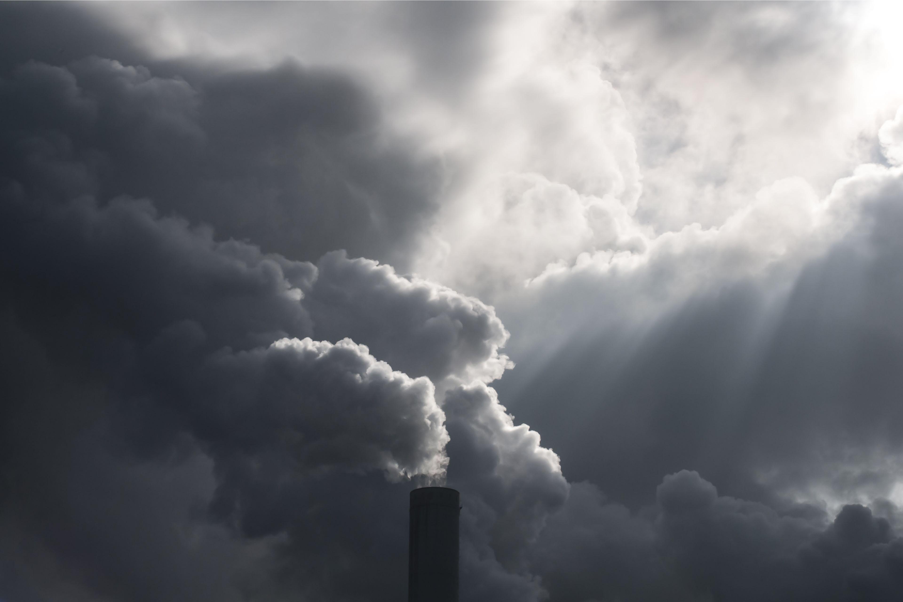 Nový program kompenzací nákladů na emisní povolenky