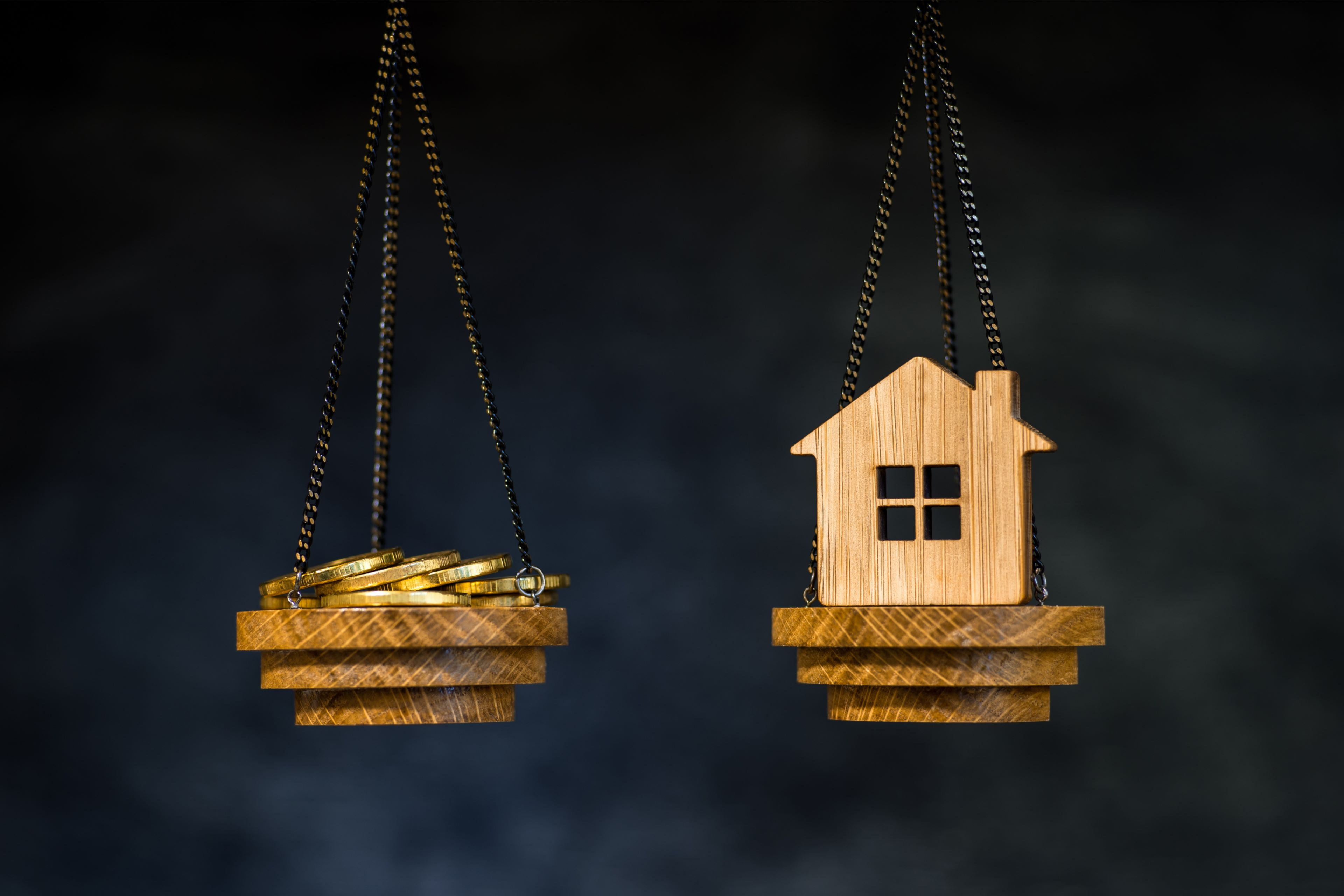 ČNB se vyjadřuje k nadhodnoceným nemovitostem a jejich zdanění