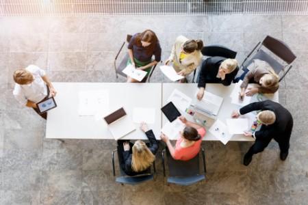 ey-women-leader-boardroom