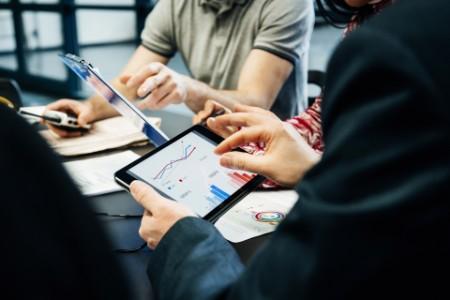 Digitaliser din virksomhed med mulig hjælp fra tilskudspuljer