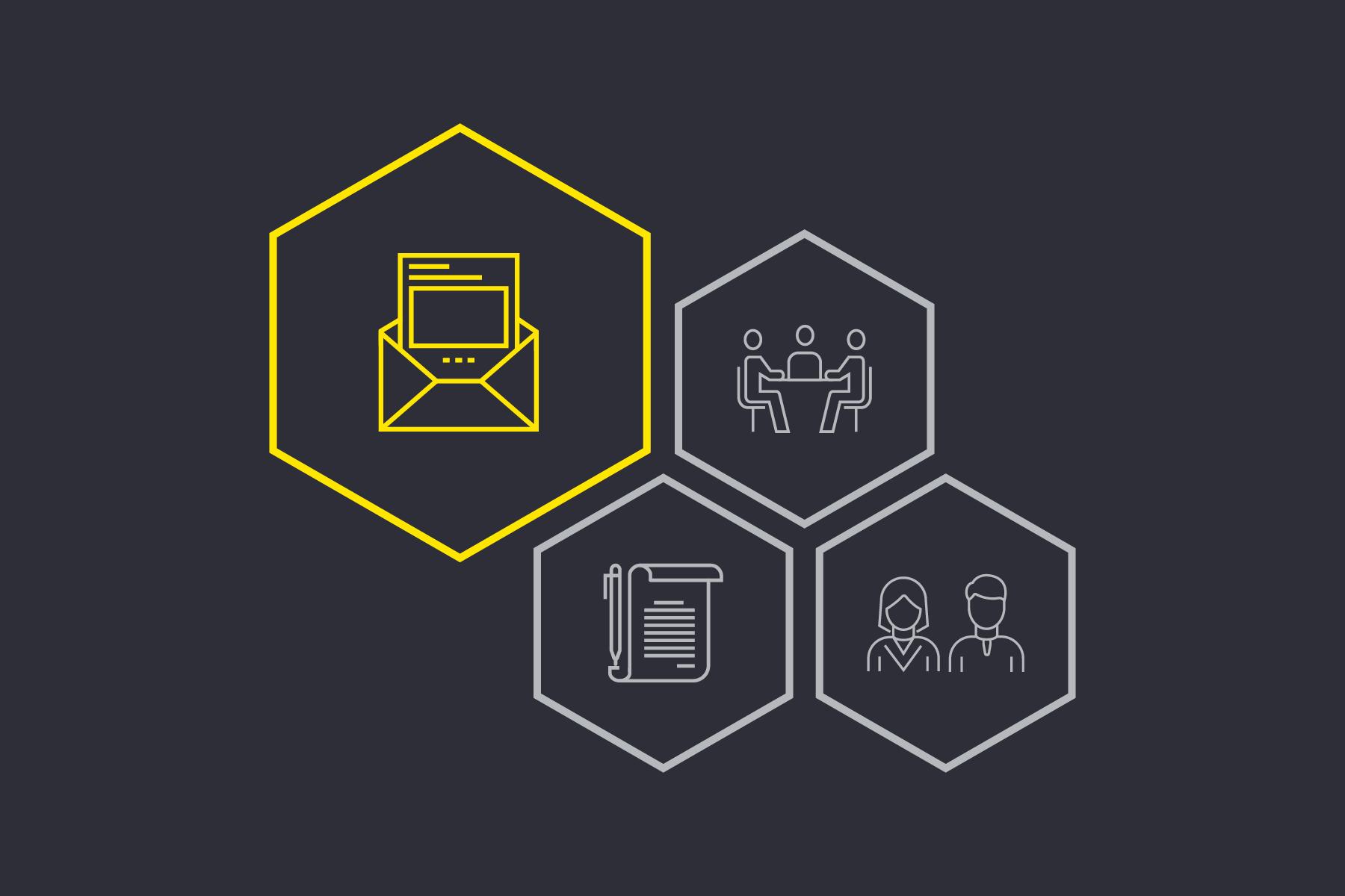 Brief mit Dokument – Jobsuche und Online-Bewerbung bei EY