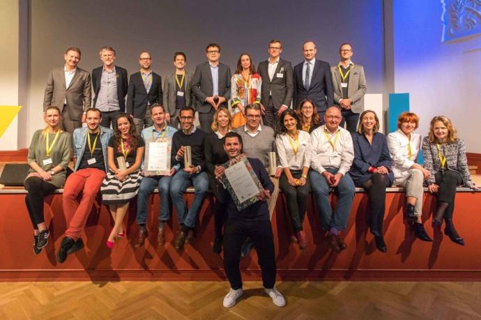 Start-up iuvando Health erhält EY Public Value Award – Publikumspreis geht an EnlightAID