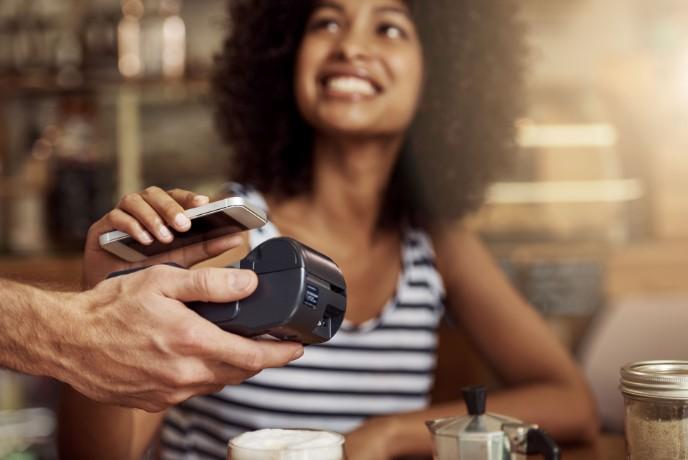 Corona ändert unseren Umgang mit Geld: Weniger Bargeld und mehr Online-Banking