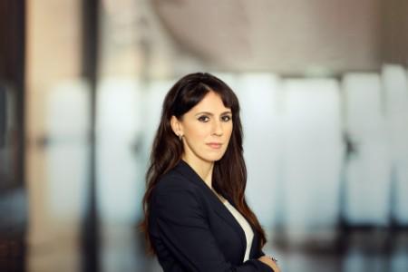 Porträtfoto von Alina Nichiforeanu