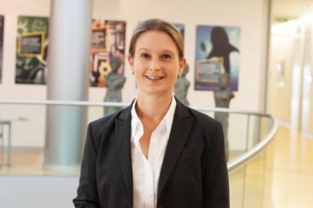 Porträtfoto von Dr. Anja Pissarczyk
