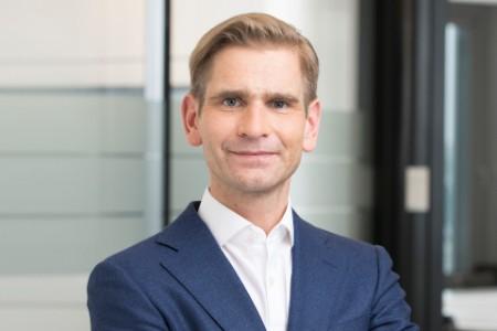 Porträtfoto von Holger Schlüter