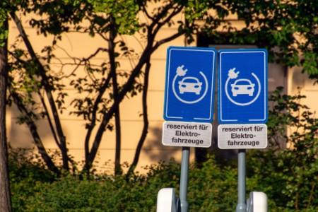 Parkplatz für Elektrofahrzeuge