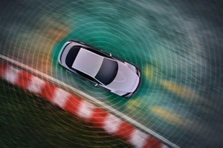 Fahrendes Auto Mobilität der Zukunft