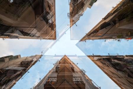 Gebäude aus Froschperspektive