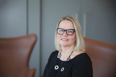Photograhic portrait of Lisa Nijssen-Smith