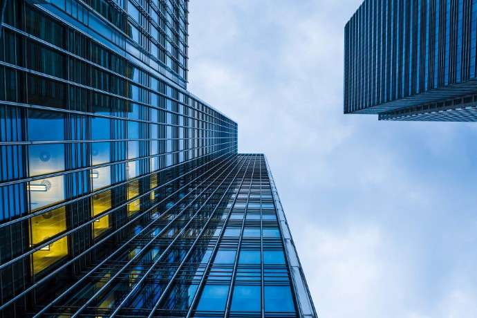 How can the cloud be an innovation lever for financial services?