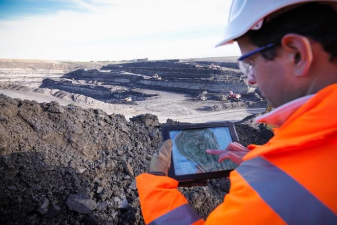 EY Canada inaugure son nouveau centre d'excellence du secteur des mines et métaux des Amériques