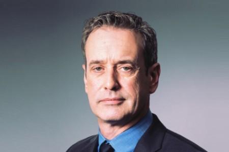 Photographic portrait of Jason Green