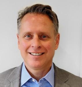 Photographic portrait of Stuart McEwen