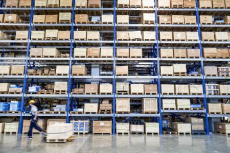 EY - Warehouse shelves