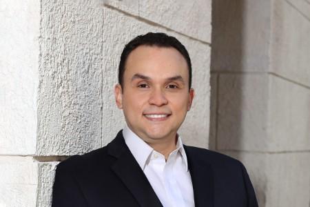Photographic portrait of Andres Velasquez