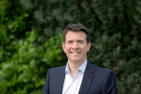 Photographic portrait of Andrew Horstead