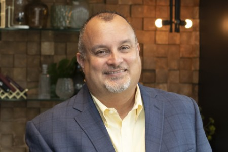 Photographic portrait of Danny Ferron