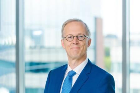 Photographic portrait of Dr. Frank De Jonghe