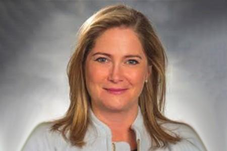 Photographic portrait of  Jennifer Lucas