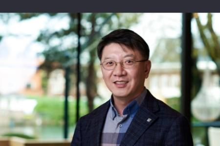 Jin Sug Suh