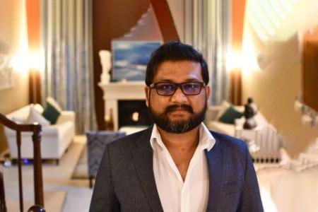Photographic portrait of Nikhil Singh