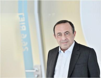 Photographic portrait of Radwan Hoteit