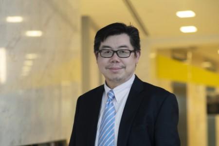 Photographic portrait of Seng Leong Teh