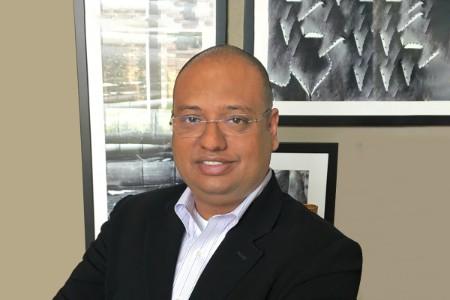 Photographic portrait of  Sourav Moitra