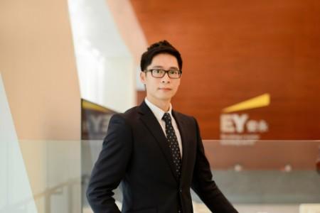 Photographic portrait of Steve Au Yeung
