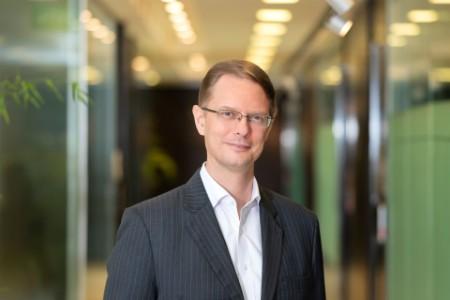 Photographic portrait of Wolfram Hedrich