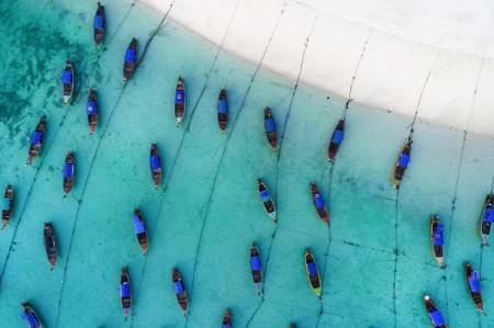 Vistas aéreas de los barcos de pesca