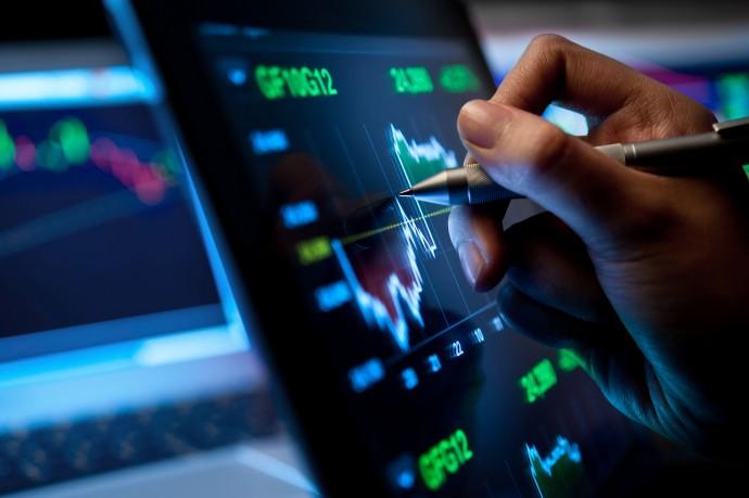 Kako digitalizacija vpliva na finančna podjetja in njihove revizije