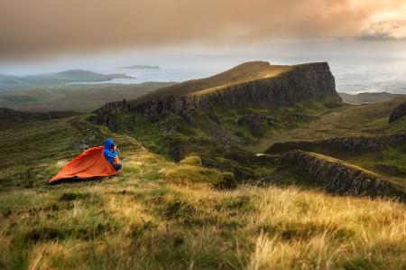 Reizigers die tent Isle of Skye kamperen