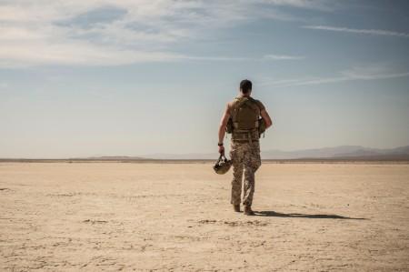 Ejército soldado desierto
