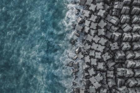 Imagen de un dron de la costa de Liguria en Italia.