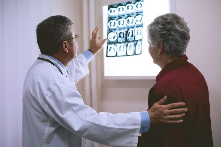 doctor looking scan patient