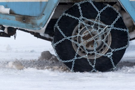 Off road vehicle tire snow chains winter