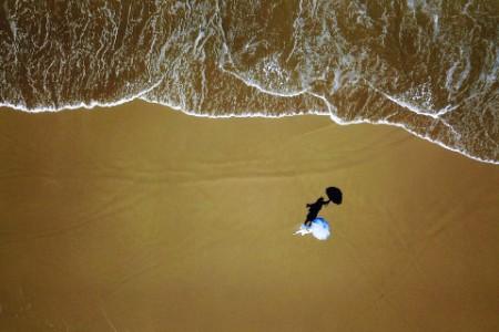 Photographic portrait of a beach