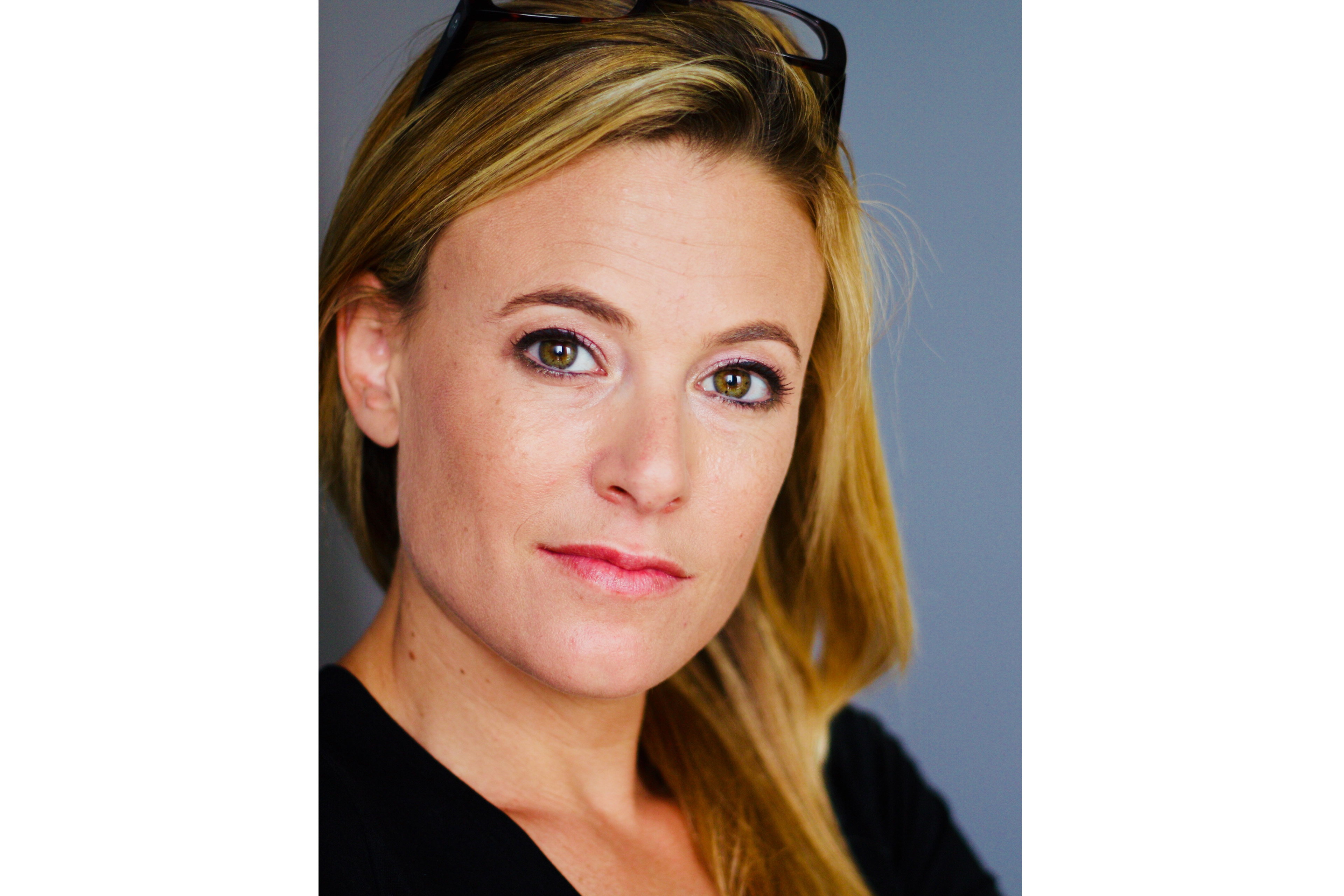 A photographic portrait of Tali Sharot
