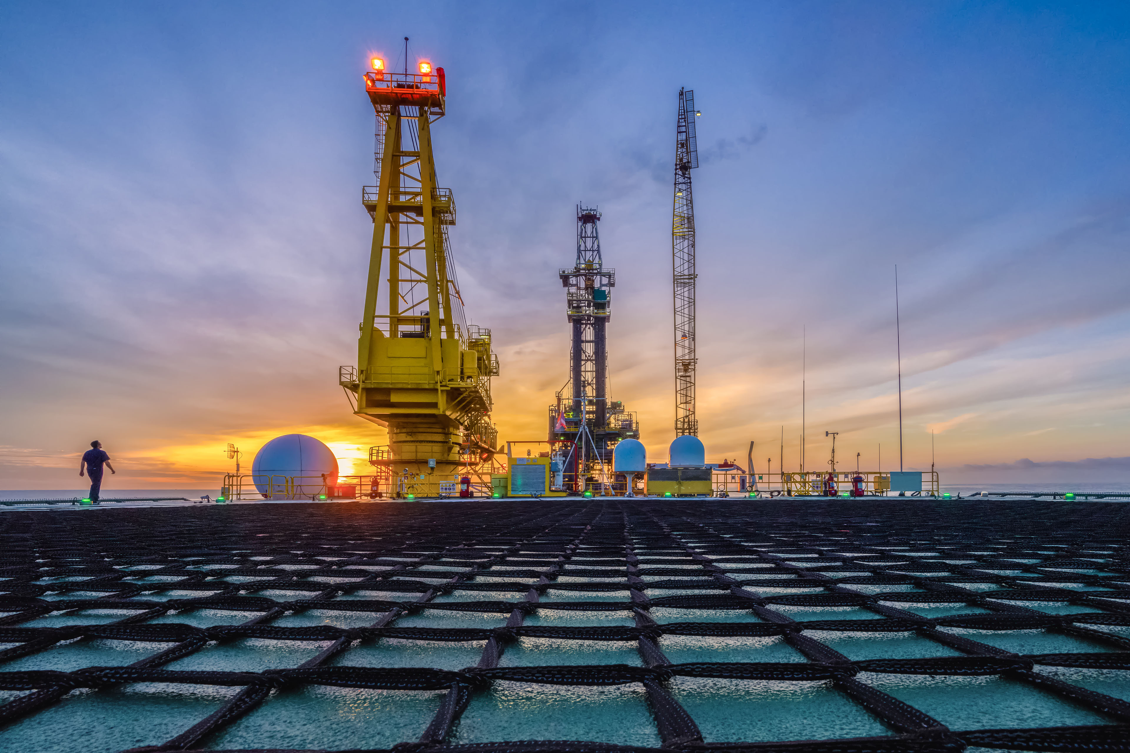 How Q3 2019 challenged oil and gas companies | EY - Global