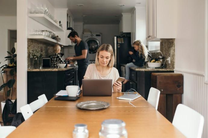COVID-19 и порядок начисления заработной платы: семь вопросов, которые помогут обеспечить непрерывность деятельности