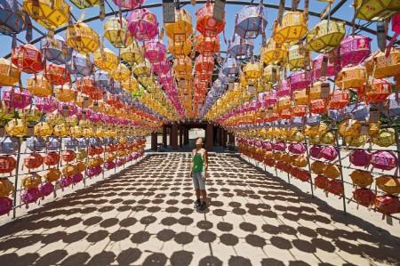 Tourist rows lanterns temple
